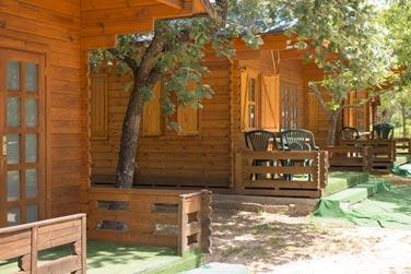Camping candeleda - Fotos de bungalows de madera ...